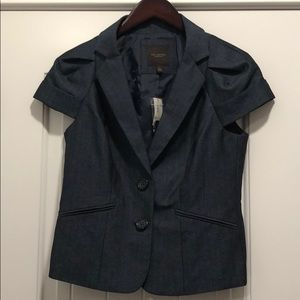 Limited short sleeve suit jacket size Small